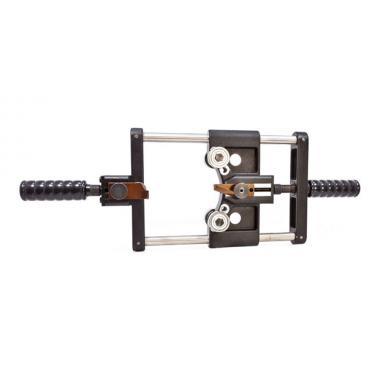 Инструмент КВТ КСП-150 для снятия изоляции и полупроводящего экрана на кабелях с изоляцией из сшитого полиэтилена [62481]