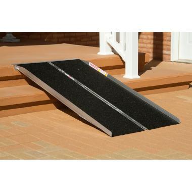 Крупнозернистая противоскользящая лента, черная, 150 мм х 18.3 м